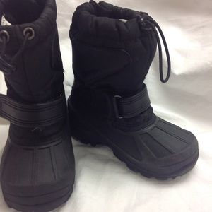 38e977cee Toddler size 9 CHAMPION rain snow boots